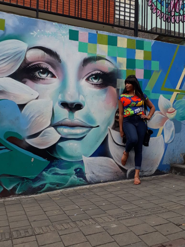 medellin graffiti photo.jpg